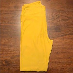 LuLaRoe NWOT Mustard Yellow OS Leggings